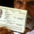 Mężczyzna pokazał swój paszport na lotnisku. Nikt mu nie chciał uwierzyć